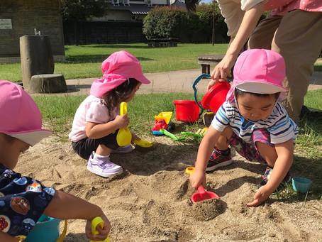 🍁🍁🍁公園の砂場の砂がいっぱい🍁🍁🍁