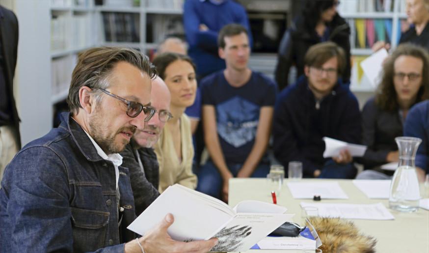 Lukas Bärfuss präsentiert CONTACT