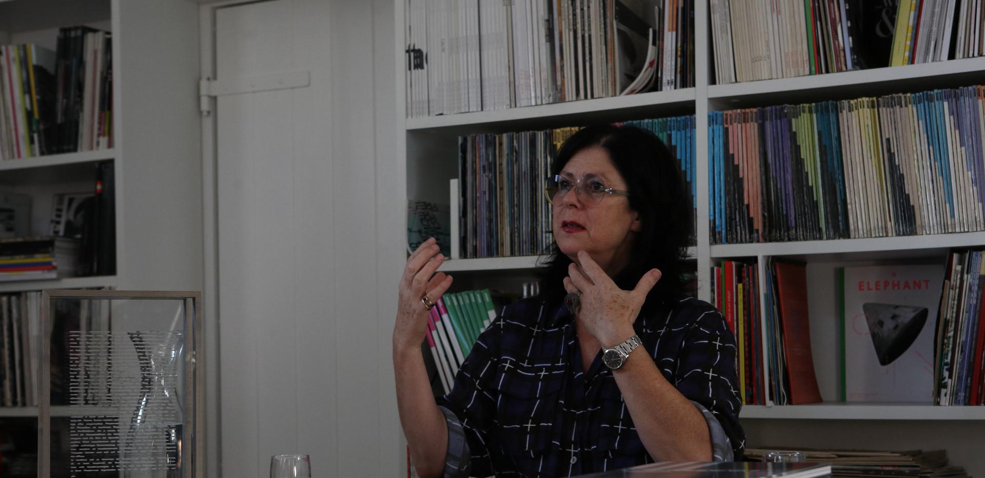 Eva Schlegel im Krinzinger Lesehaus