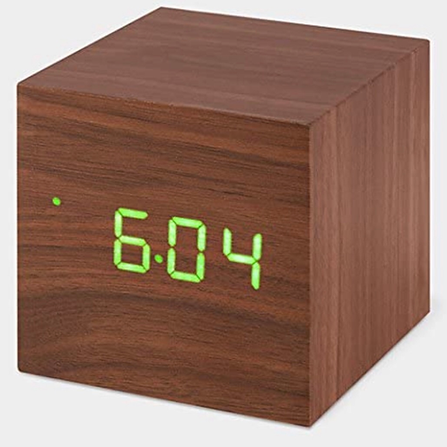 Cube Walnut Click Clock/Green LED