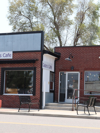 Front view of Gabe's Cafe