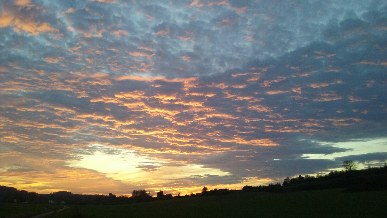coucher de soleil face aux gites