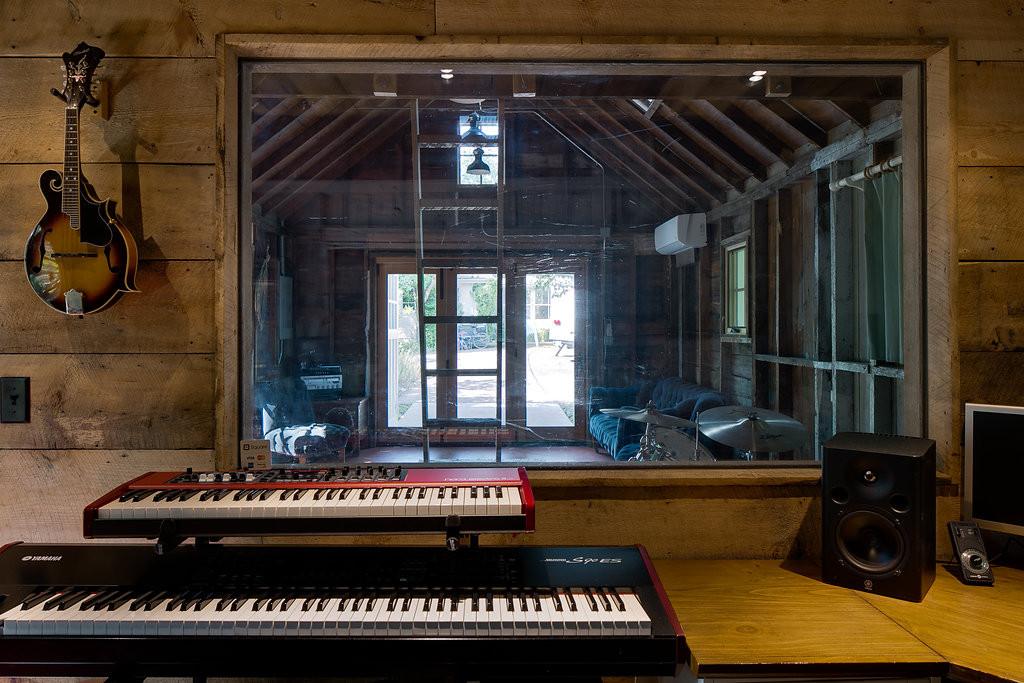 Home Garage Sound Studio rustic modern m