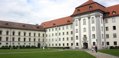 St.Gallen,_the_abbey_courtyard.jpg