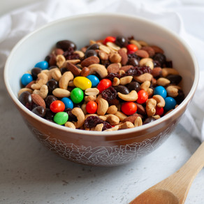HOW TO CREATE THE BEST HOMEMADE TRAIL MIX