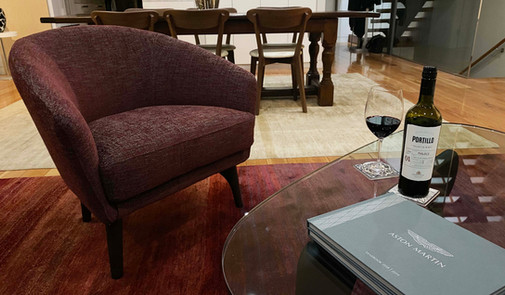 A lounge room in Balgowlah