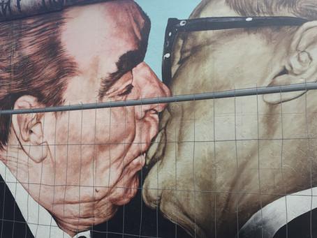 BERLIM: e os fragmentos do muro