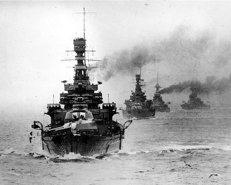 正在參與演習的反擊號戰列巡洋艦