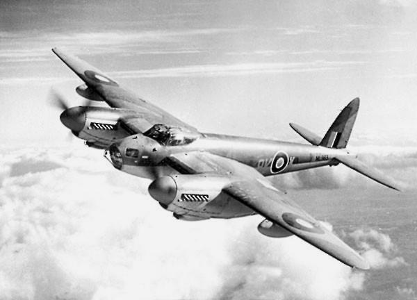蚊式轟炸機