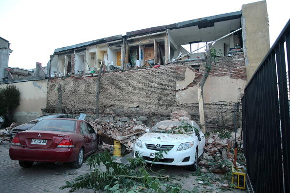 智利城市康塞普松發生規模8.8級大地震,隨後又發生了里氏6.2級餘震。大量房屋垮塌,部份地區停電,通訊中斷。(Getty Images)