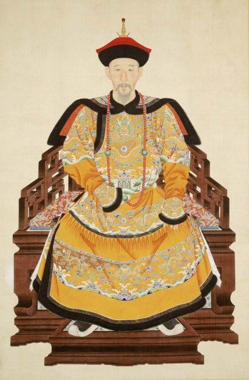 康熙帝第十三子 怡親王