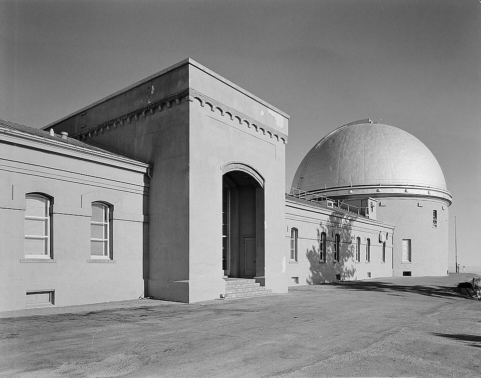 利克天文台的西門和詹姆斯·利克望遠鏡的圓頂