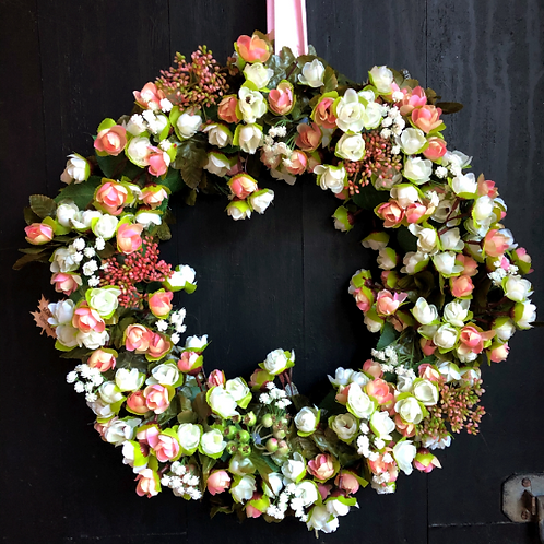hand made front door wreath a gift or present for all occasions - making an entrance uk