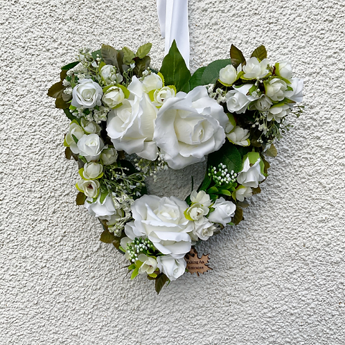 'Endless Love' Midi Heart Wreath for all occasions, wedding present easter gift for mothers day