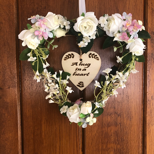 'Hug in a heart' mini personalised wreath