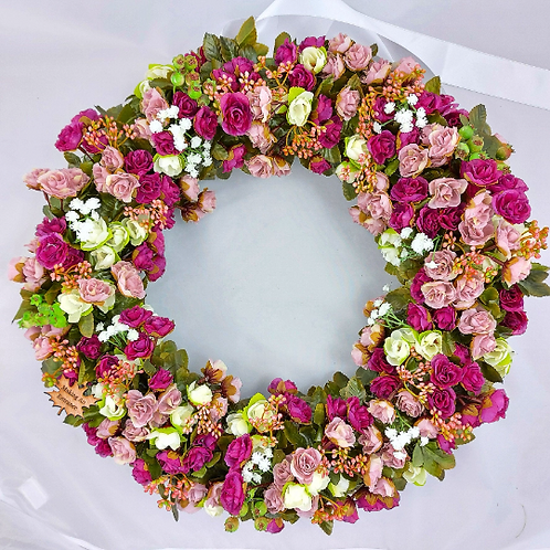 hand made stunning door wreath for your home