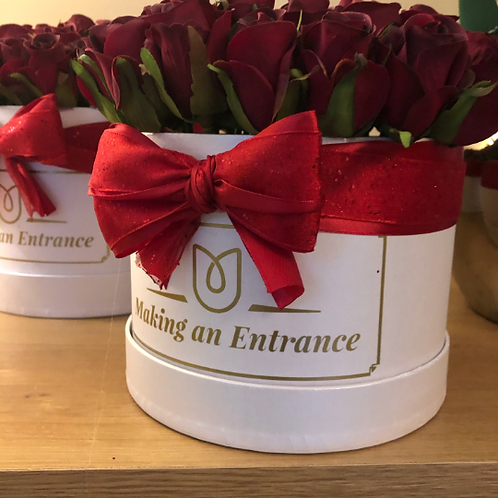 small bloom hat box, hand made in wales as a gift for a birthday or valentines