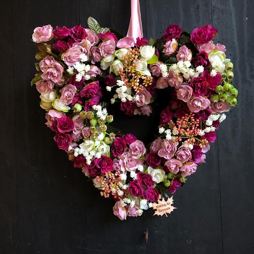 'Summer Loving' Midi Heart Wreath