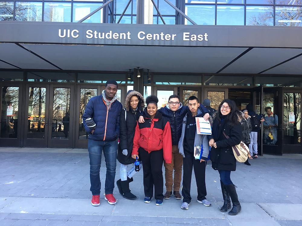 Kelly High School Escalera students visit UIC