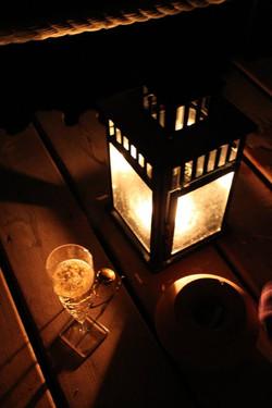 Au-Varon-nuit-éclairée-à-la-bougie