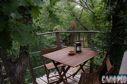 Terrasse-Lou-Pitchoun-aux-Cabanes-du-Varon