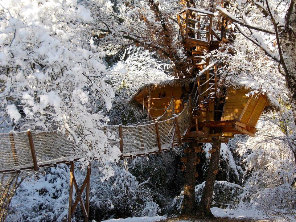 Cabanes-du-Varon-Lou-Pitchoun-sous-la-neige.jpg