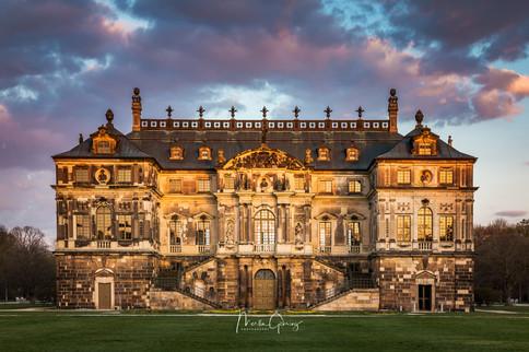 Palais im Sonnenuntergang
