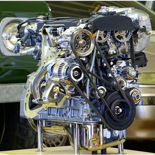 ¿Cómo hacer mantenimiento al motor de arranque de un automóvil?