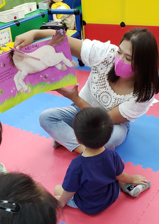Playgroup Class_Story telling