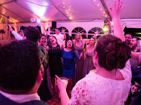 Tips to keep your Wedding guests on the dance floor