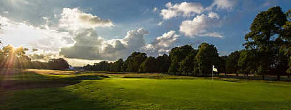 Buy four 9 hole playing lessons for just £199 (Includes green fees)
