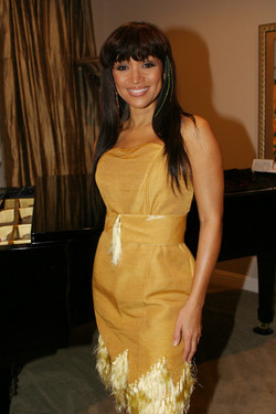 Chante+yellow+dress+2[1]
