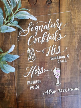 Photo from https://www.mulberrymarketdesigns.com/products/acrylic-signature-cocktail-bar-sign