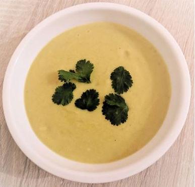Creamy cauliflower & artichoke soup