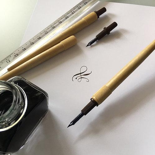 Gillot pero za risanje z držalom