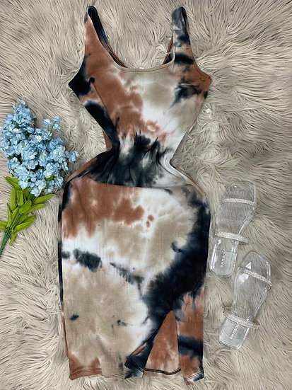 Kylie midi ribbed Dress w front slit