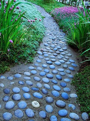 walkway.jpg
