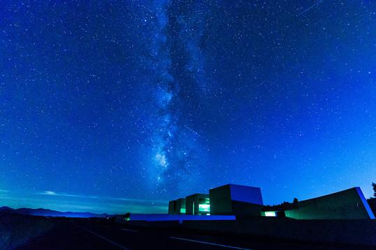 「たくさんの流れ星とともに」星取県フォトコンテスト受賞作品(優秀賞)