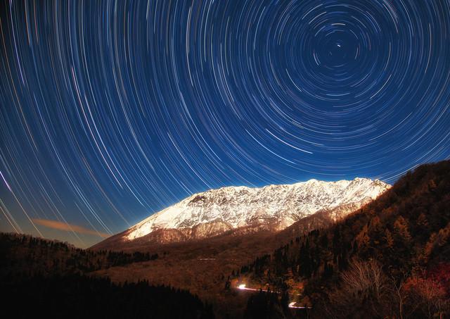 「月夜の大山」星取県フォトコンテスト優秀作品