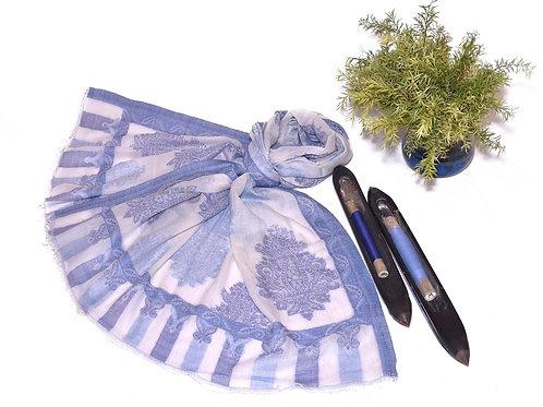 Lilac winter scarf
