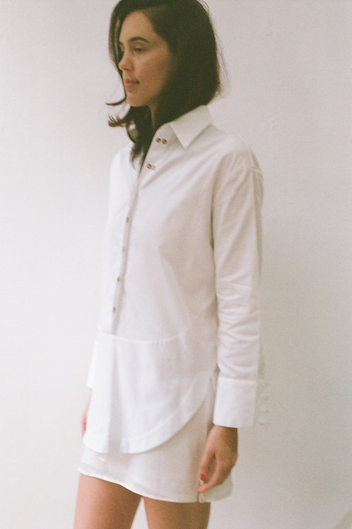 Concealed placket top