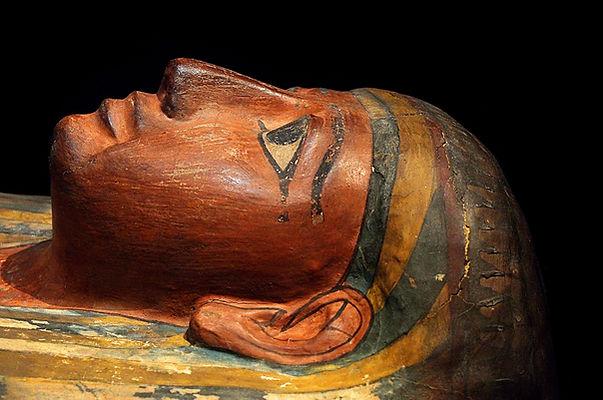 mummy-1895078_1920.jpg