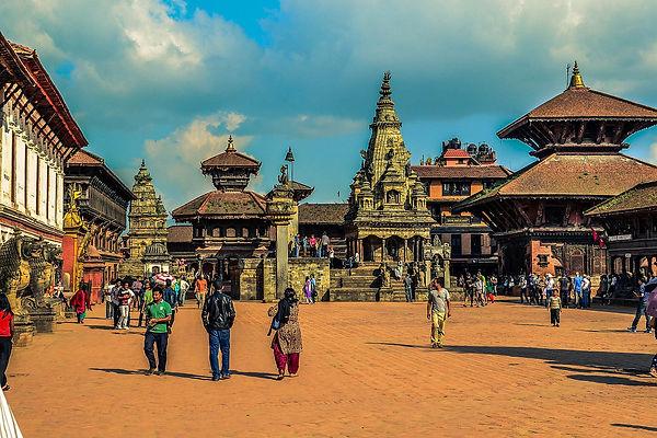 1599px-Bhaktapur_Durbar_Square_2014.jpg
