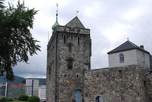 Bergen_-_Bergenhus_-_Donjon.JPG