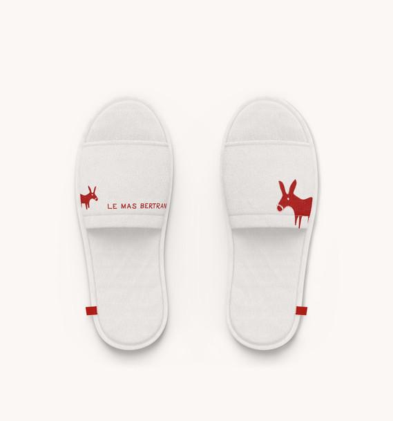 slippers-mas-bertrand.jpg