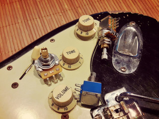 How potentiometers drastically influence your guitar tone