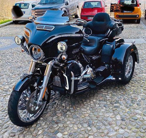 HARLEY DAVIDSON - Trike Ultra FLHTCUTG