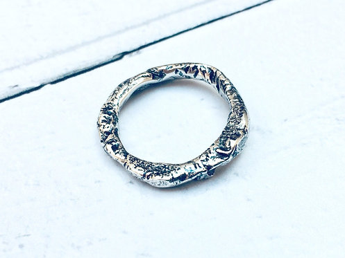 """Molten"" - reticulated chunky ring"