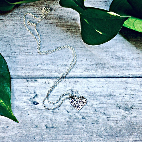 Floral Texture - fine Silver necklace