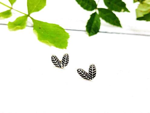 'Leaf' - handmade ear studs